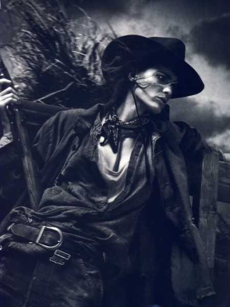 Isabeli Fontana by David Sims for <em>Vogue Paris</em> April 2011