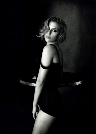 Scarlett Johansson in Dolce &#038; Gabbana for <em>Vogue China</em> April 2011