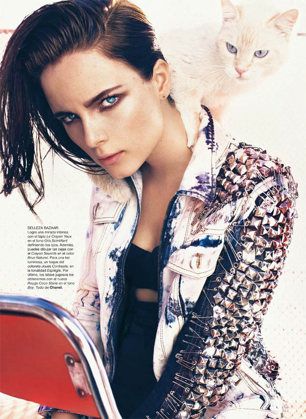 Anna de Rijk by Txema Yeste for <em>Harper&#8217;s Bazaar Spain</em> June 2011