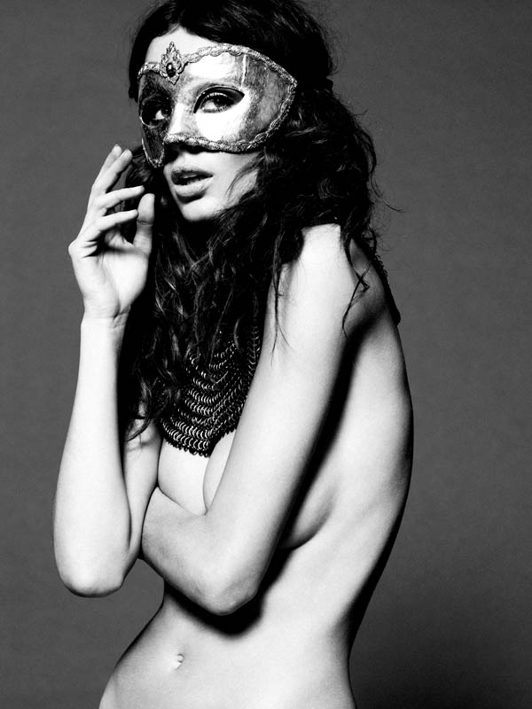 Nicole Trunfio by Aram Bedrossian for <em>LoveCat Magazine</em> #1