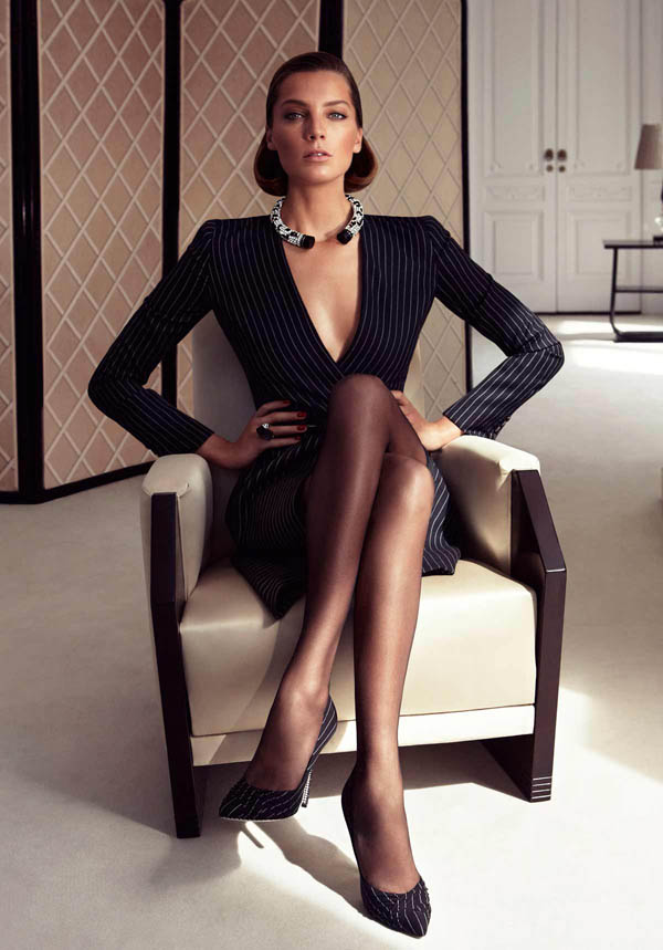 Salvatore Ferragamo Fall 2011 Campaign Daria Werbowy By Mikael Images, Photos, Reviews