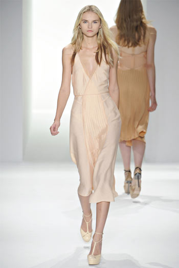 Calvin Klein Spring 2012 | New York Fashion Week