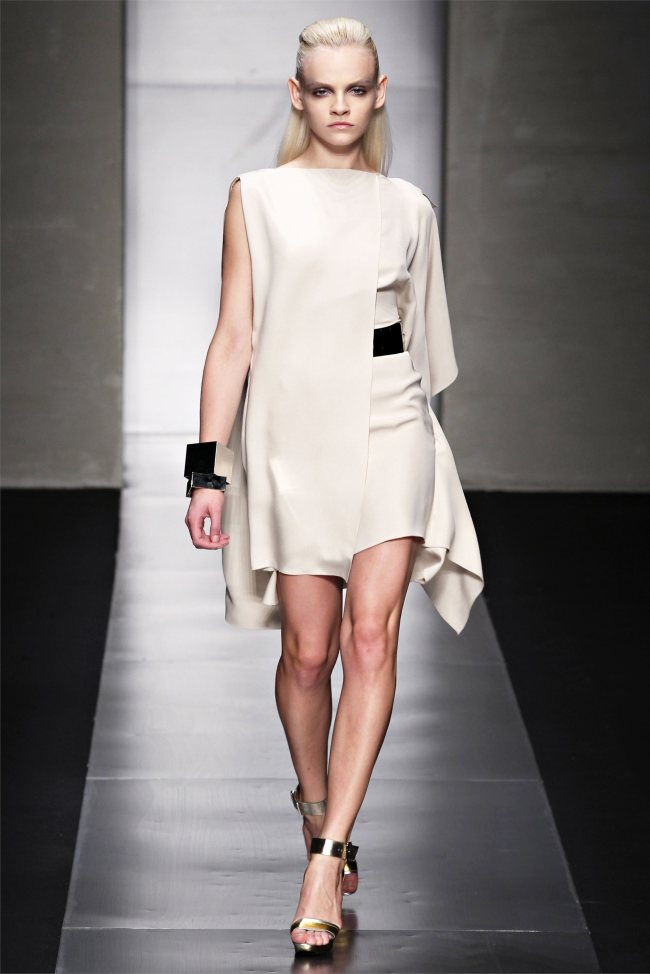 Gianfranco Ferré Spring 2012 | Milan Fashion Week