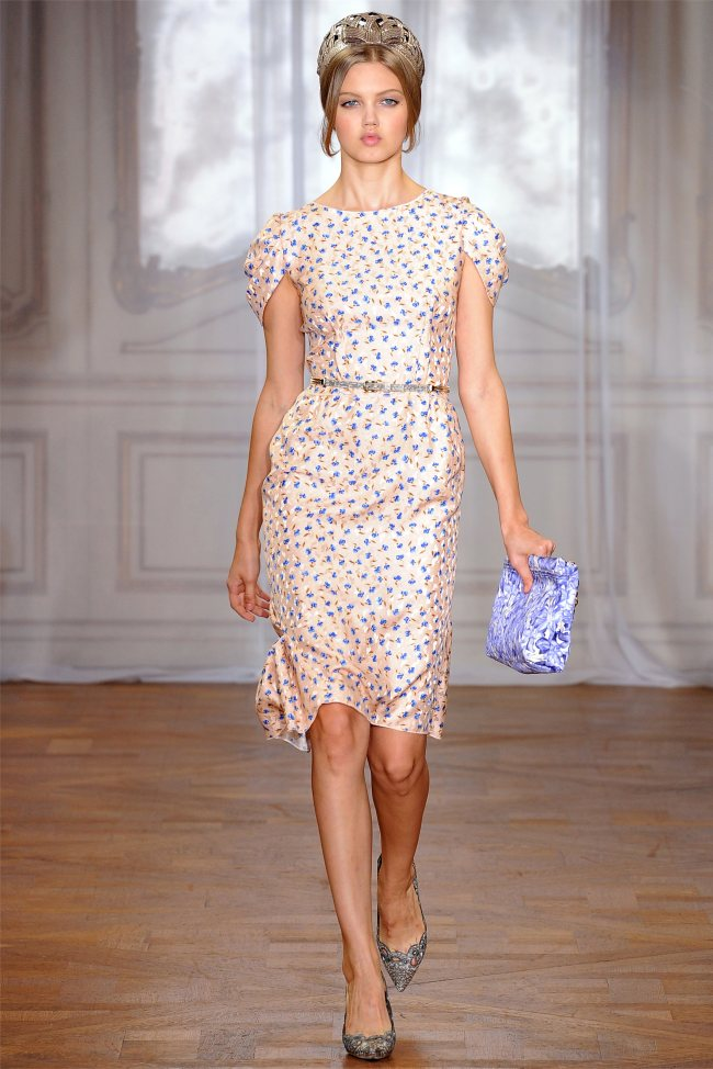 Nina Ricci Spring 2012 | Paris Fashion Week