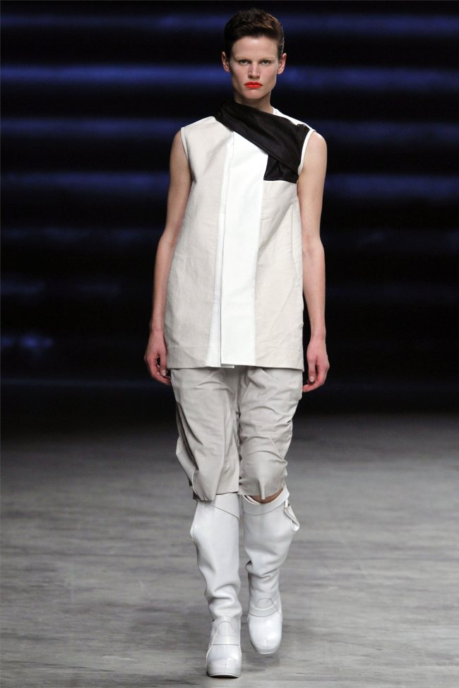 Rick Owens Spring 2012 | Paris Fashion Week