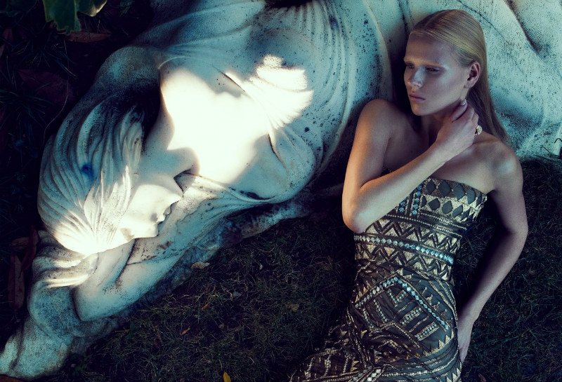 Tereza Jonakora by Emre Guven for <i>Harper&#8217;s Bazaar Turkey</i>