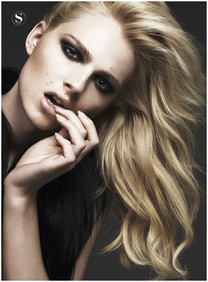 Andrej Pejic by Jonas Bresnan for <em>S Moda</em>