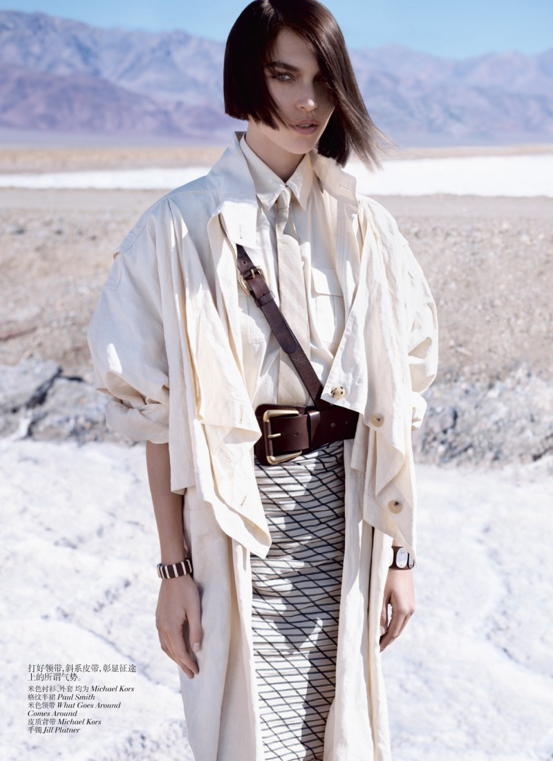 muse china 05 e1335985893226 Arizona Muse by Josh Olins for Vogue China May 2012