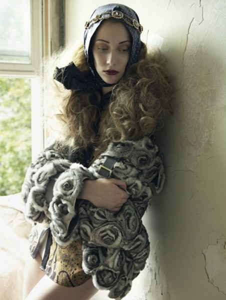 Alana Zimmer by Mark Seliger for <em>Vogue Spain</em> October 2010