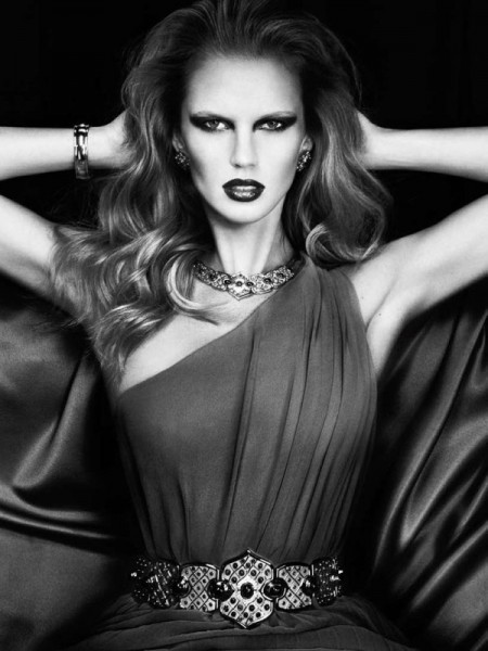Anne Vyalitsyna for <em>Harper&#8217;s Bazaar Spain</em> March 2011 by Txema Yeste