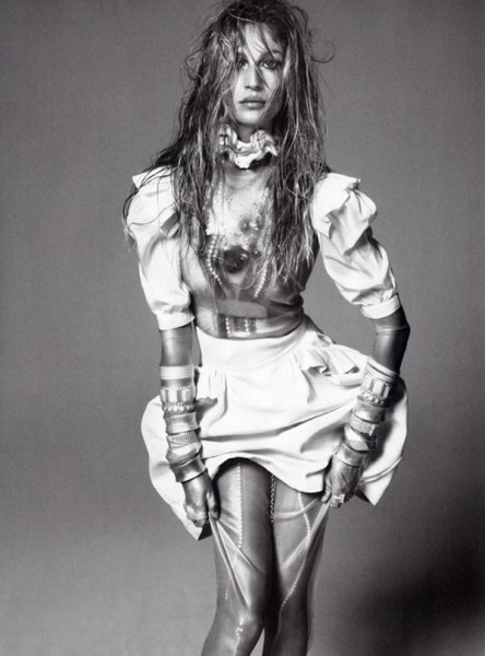 Gisele Bundchen for <em>Vogue Italia</em> December 2010 by Steven Meisel