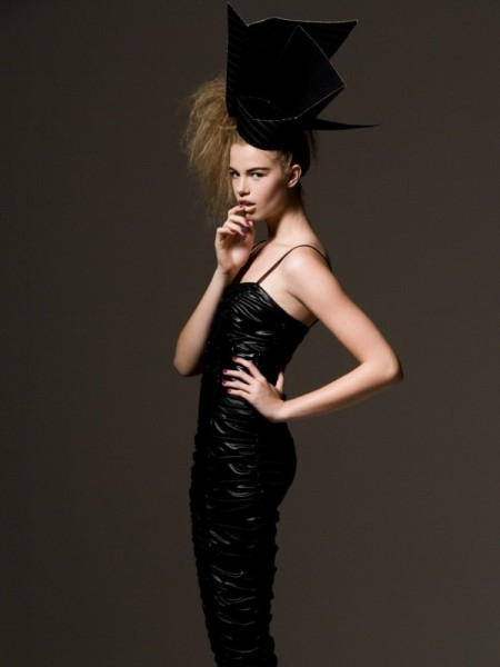 Hailey Clauson by Alexander Neumann for <em>Harper&#8217;s Bazaar Mexico</em>