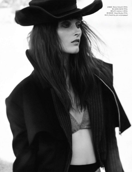 Iekeliene Stange for <em>Cover Magazine</em> August 2010 by Peter Gehrke