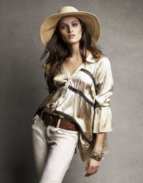 Isabeli Fontana for <em>Vogue Brazil</em> November 2010 by Patrick &#038; Victor Demarchelier