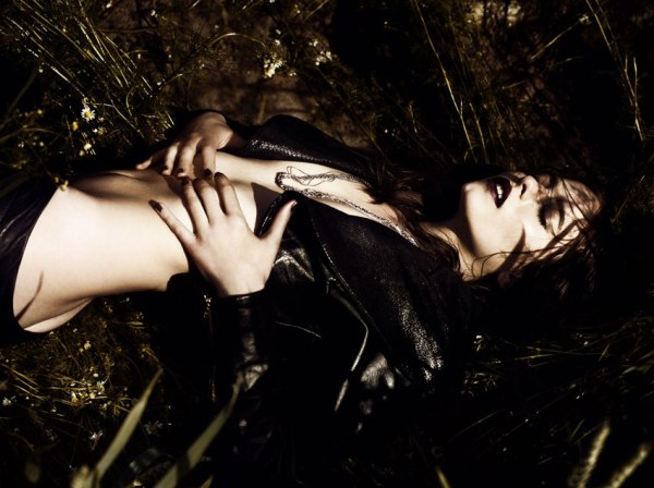 Vanessa Hegelmaier by Jonas Bresnan for <em>Tush</em> Winter 2010