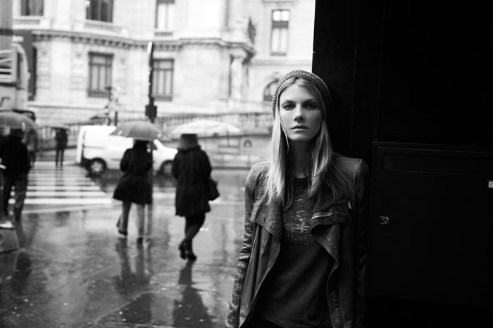 AngelaDays11 Angela Lindvall Dons 7 Looks in 7 Days for Vogue.es Feature by Ruben Vega