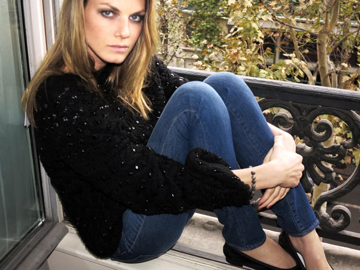 AngelaDays15 Angela Lindvall Dons 7 Looks in 7 Days for Vogue.es Feature by Ruben Vega