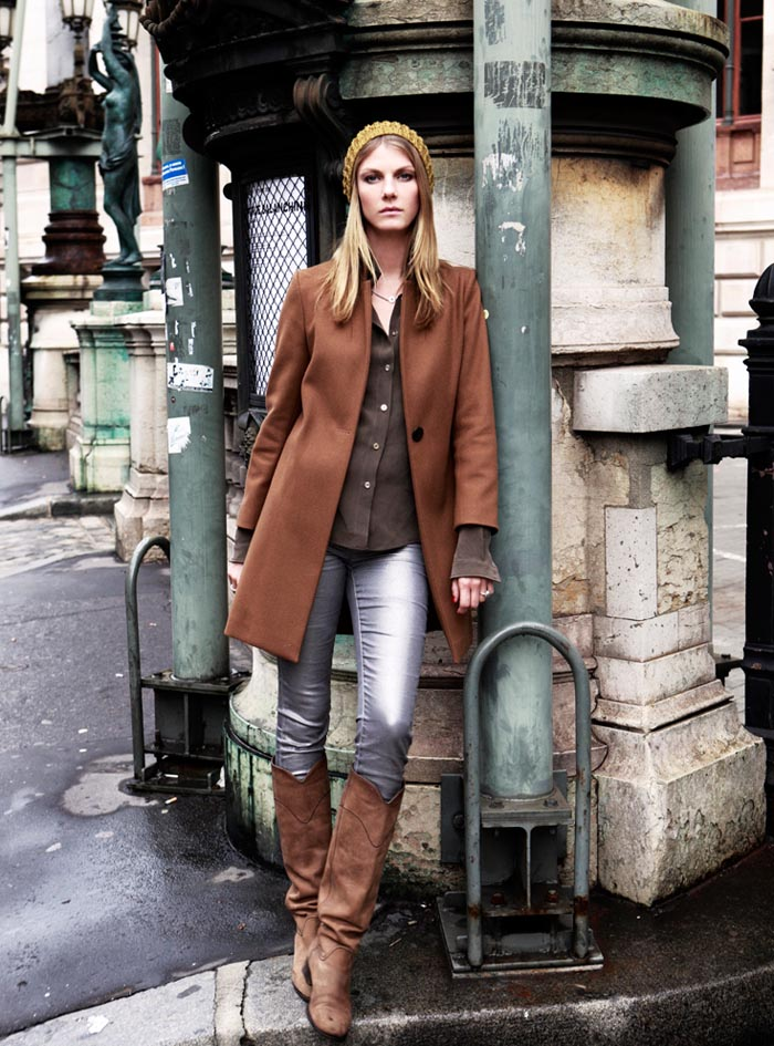 AngelaDays2 Angela Lindvall Dons 7 Looks in 7 Days for Vogue.es Feature by Ruben Vega