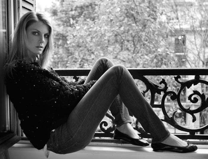 AngelaDays5 Angela Lindvall Dons 7 Looks in 7 Days for Vogue.es Feature by Ruben Vega