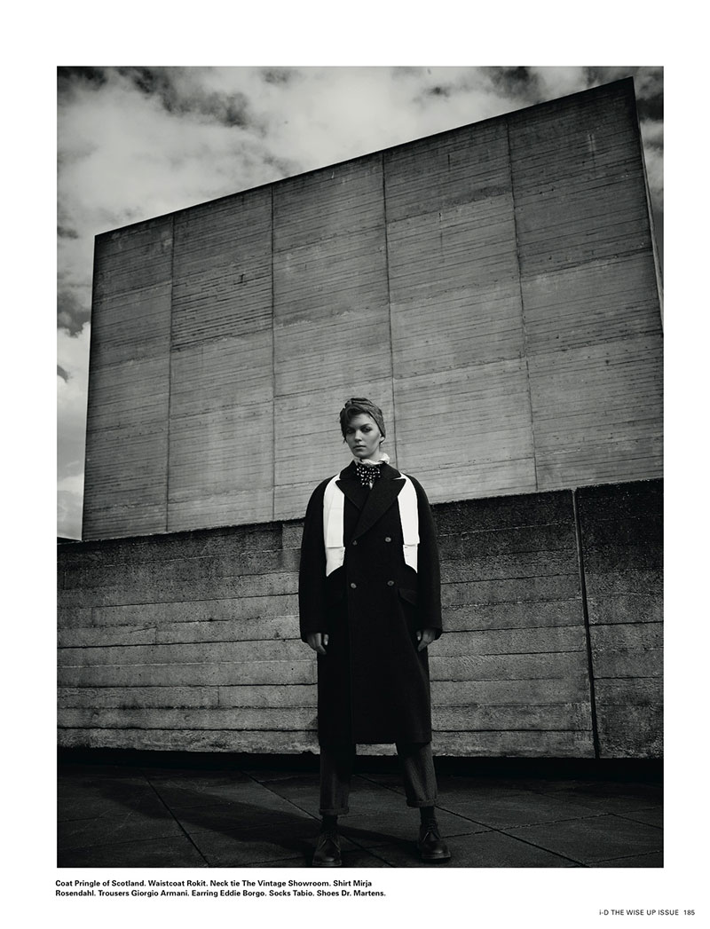 ArizonaBush8 Arizona Muse Sports Boyish Looks for i Ds Winter 2012 Cover Shoot by Richard Bush