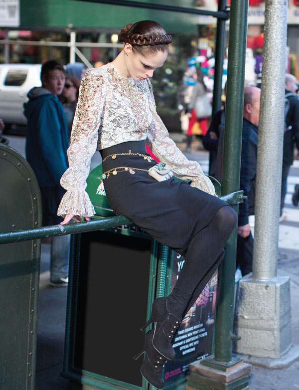 Coco Rocha Hits the Streets in Dolce & Gabbana for Vogue Mexico December 2012