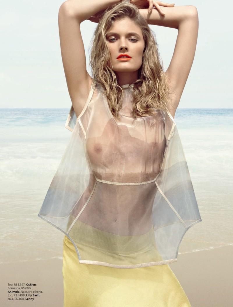 Constance Jablonski Hits the Beach for Vogue Brazil November 2012 by Henrique Gendre