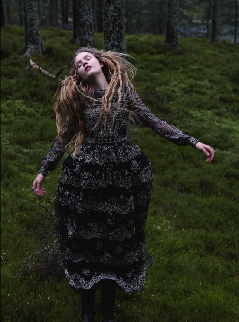 JosephineYemchuk15 Josephine Skriver Gets Enchanted for Harpers Bazaar UK December 2012 by Yelena Yemchuk