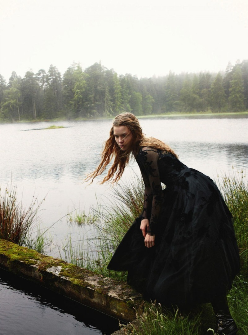 JosephineYemchuk18 Josephine Skriver Gets Enchanted for Harpers Bazaar UK December 2012 by Yelena Yemchuk