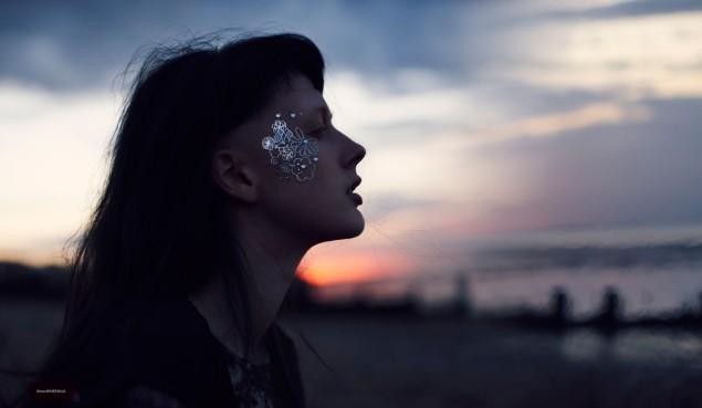 Emma Tempest Lenses Sadie Pinn in Free-Spirited Style for Metal Magazine #28