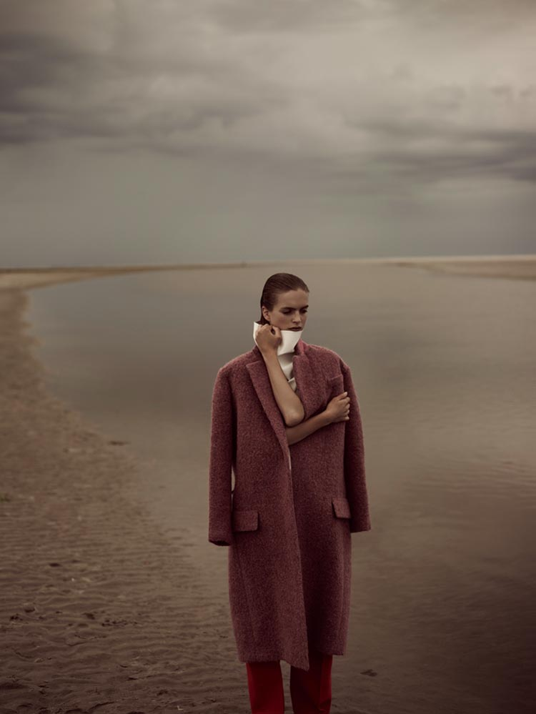 MirteVogue10 Mirte Maas Takes it Easy in Annemarieke van Drimmelens Vogue Netherlands Shoot