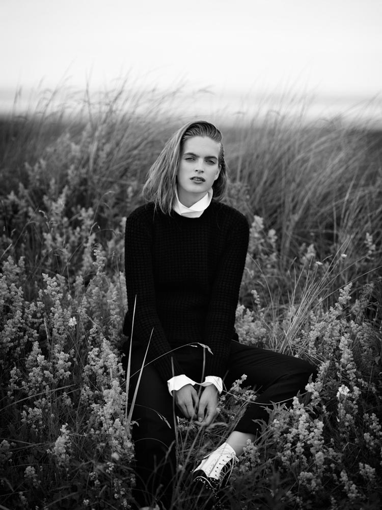 MirteVogue3 Mirte Maas Takes it Easy in Annemarieke van Drimmelens Vogue Netherlands Shoot