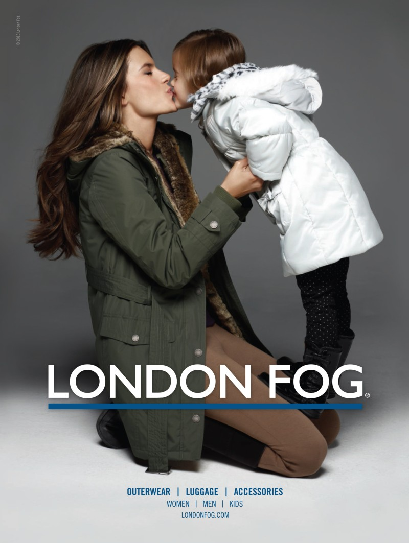 alessandra ambrosio3 Alessandra Ambrosio Poses with Her Daughter Anja in London Fogs Winter 2012 Campaign