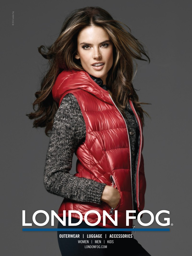 alessandra ambrosio4 Alessandra Ambrosio Poses with Her Daughter Anja in London Fogs Winter 2012 Campaign