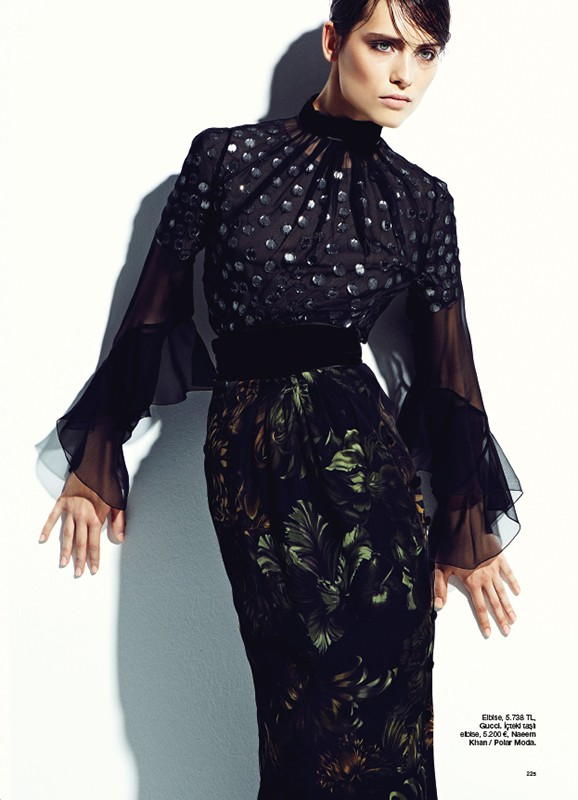 bazaar turkey2 Romana Balazova Dons Evening Glam for Harpers Bazaar Turkey November 2012 by Ahmet Unver