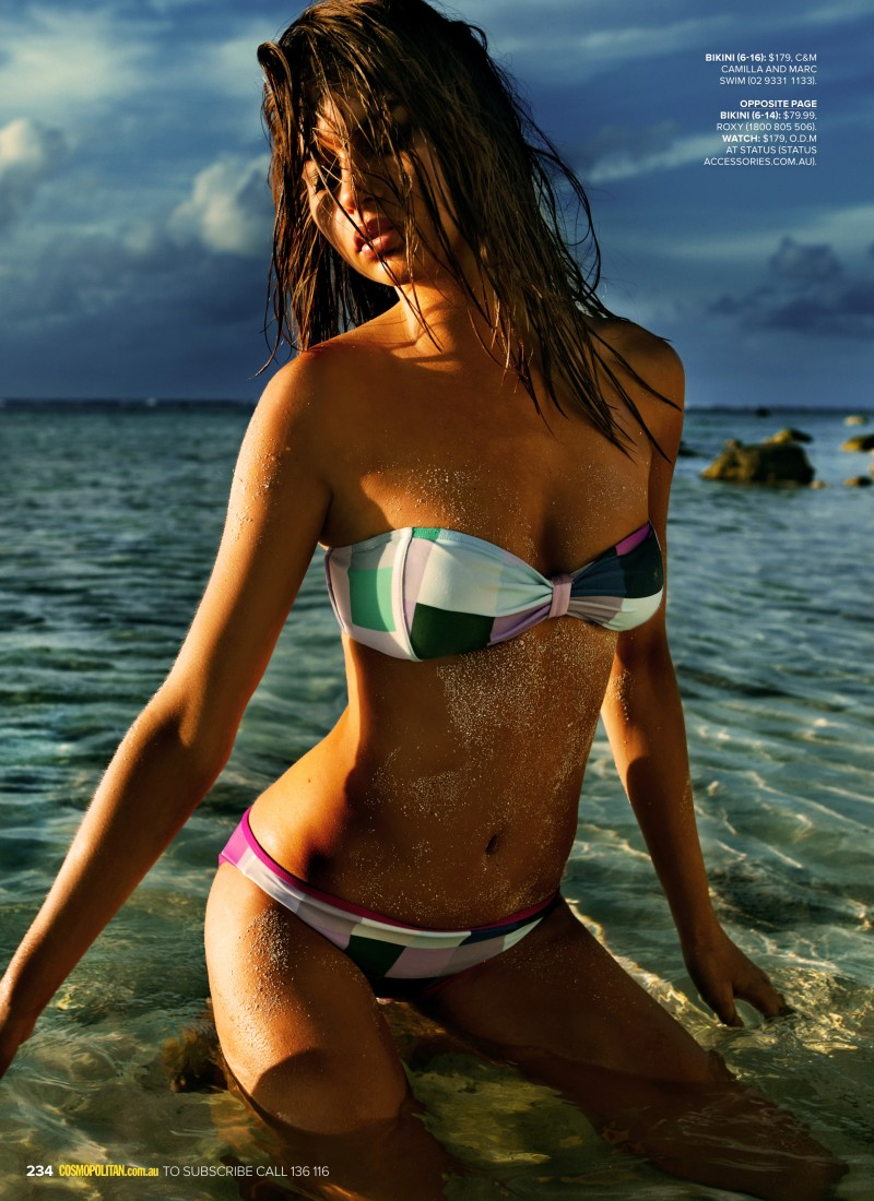 bikini3 Steven Chee Captures Avril in Sexy Swimwear for Cosmopolitan Australia December 2012