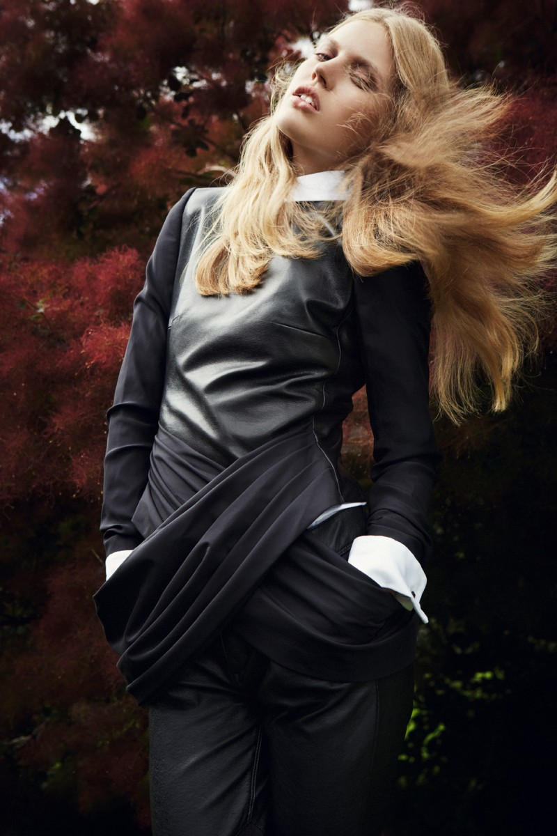 elsa6 Elsa Briesinger is Lovely in Leather for Grazia Germany #49