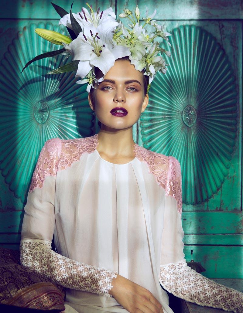 frida2 Åsa Engström Evokes Frida Kahlo in DV Mode by Fredrik Wannerstedt