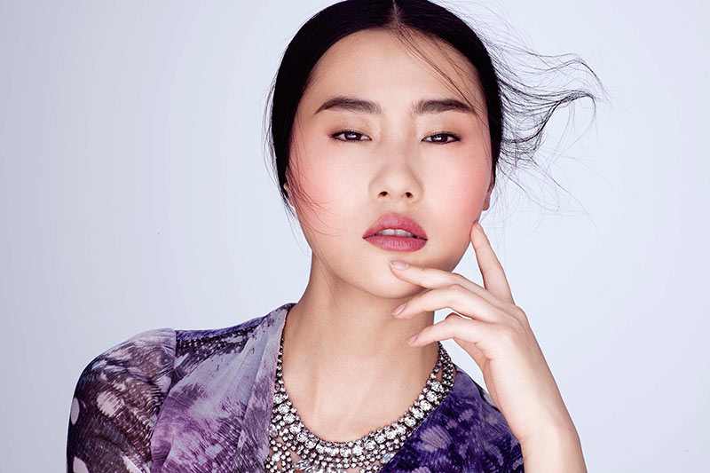 Amber Gray Lenses Glam Beauty Looks for Marie Claire China