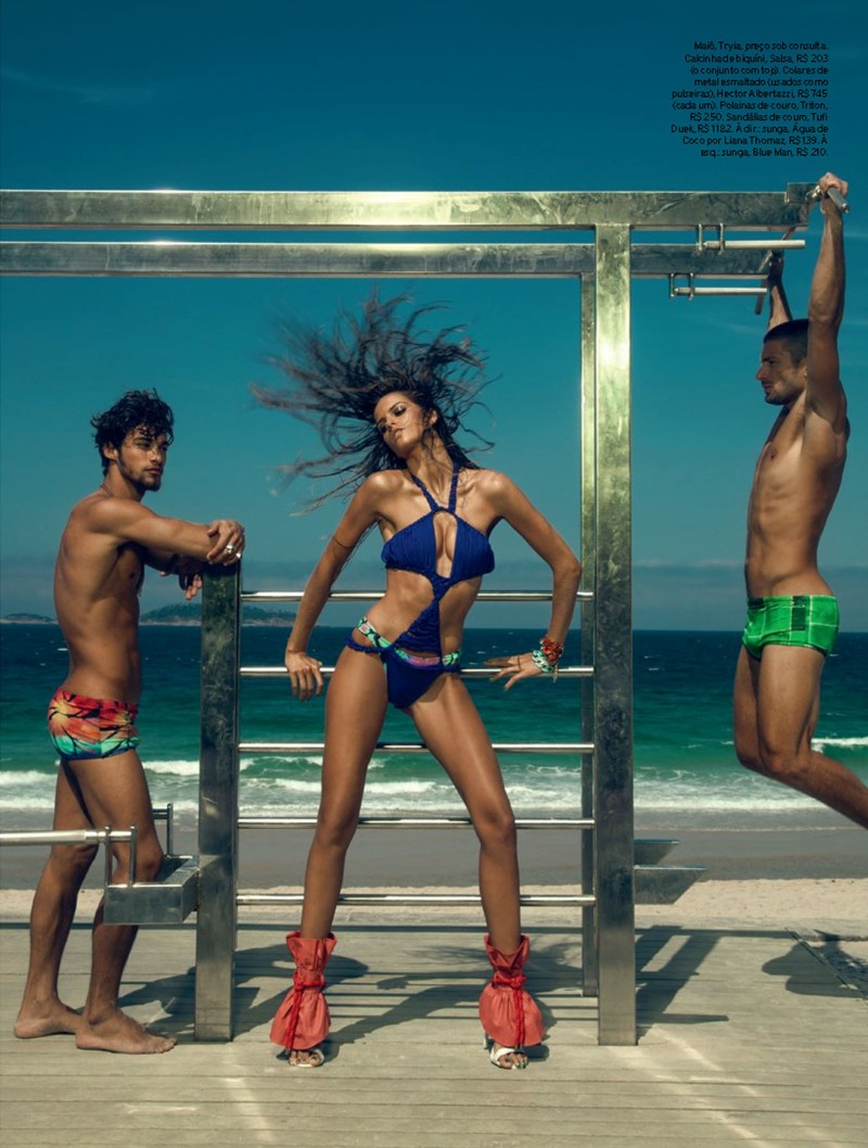 izabel goulart2 Izabel Goulart Rocks Sexy Beachwear Looks for Elle Brazil