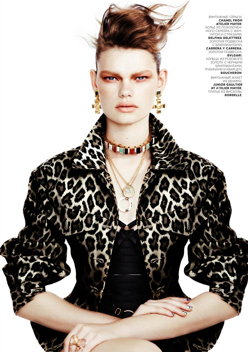 kelly mittendorf2 Kelly Mittendorf Dons Gems with Edge for Emma Tempests Vogue Russia Shoot