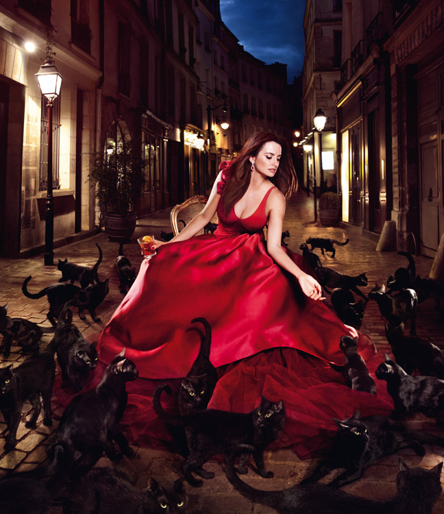 penelope cruz1 Penelope Cruz is Red Hot in the 2013 Campari Calendar
