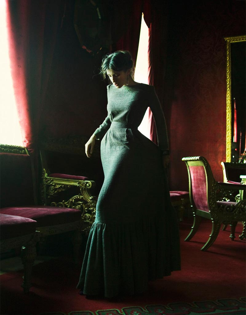 AnnaBiryukov6 Nikolay Biryukov Captures the Romance of Anna Karenina for Sobaka.ru Magazine