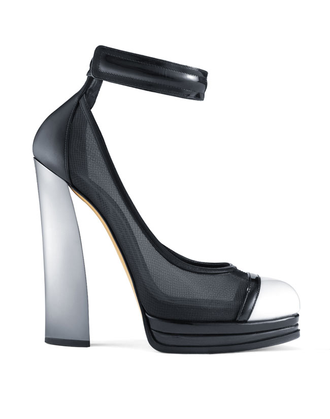 Casadei for Prabal Gurung Prefall 13. Pump BW Casadei for Prabal Gurung Pre Fall 2013 Collection