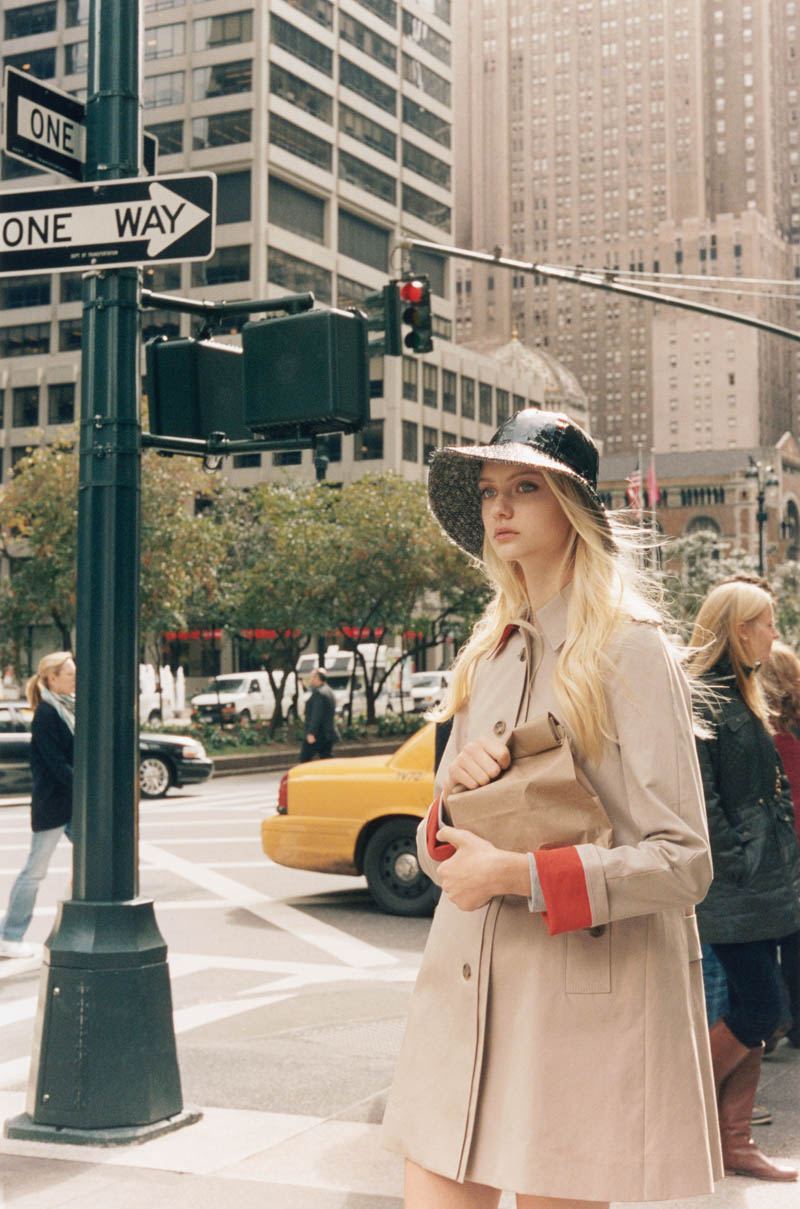 ClubMonaco9 Nastya Kusakina Hits the New York City Streets for Club Monacos Spring 2013 Campaign