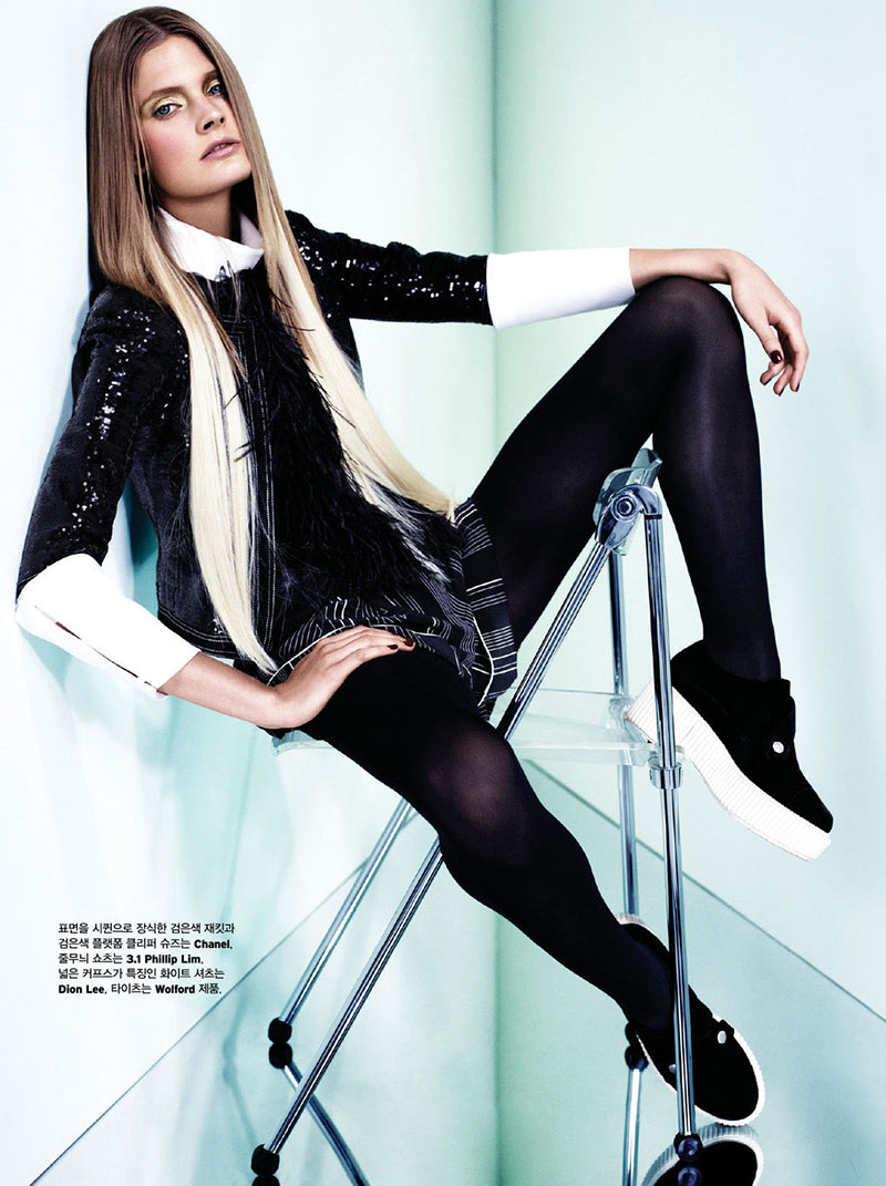 ConstanceW7 Constance Jablonski Stars in W Koreas December 2012 Cover Story by Catherine Servel