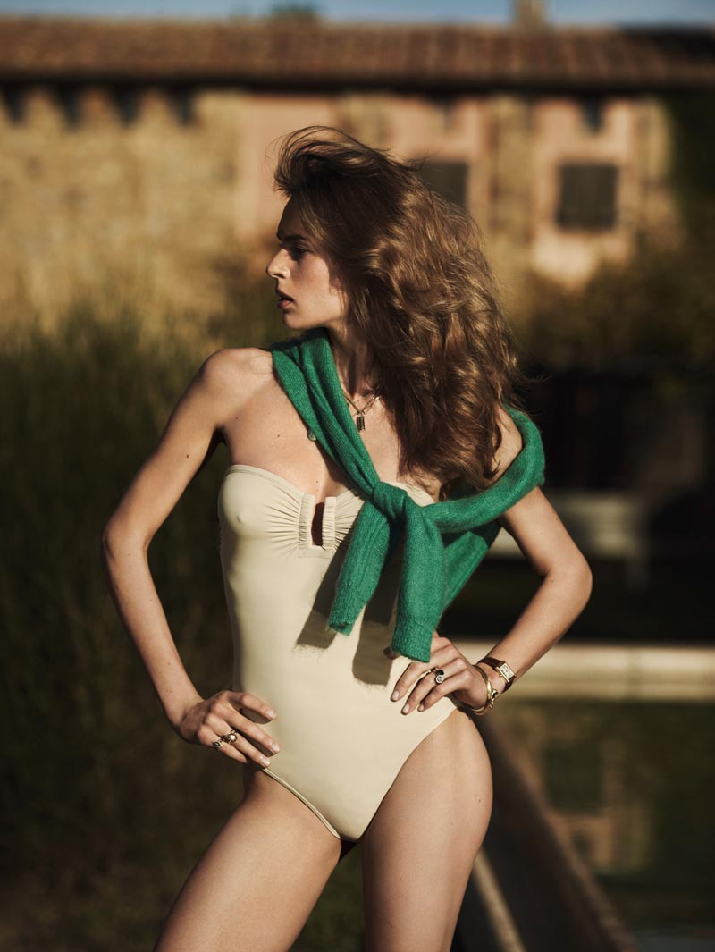 EliseVogue9 Elise Crombez Sports Resort Style for Vogue Netherlands December 2012, Shot by Annemarieke van Drimmelen
