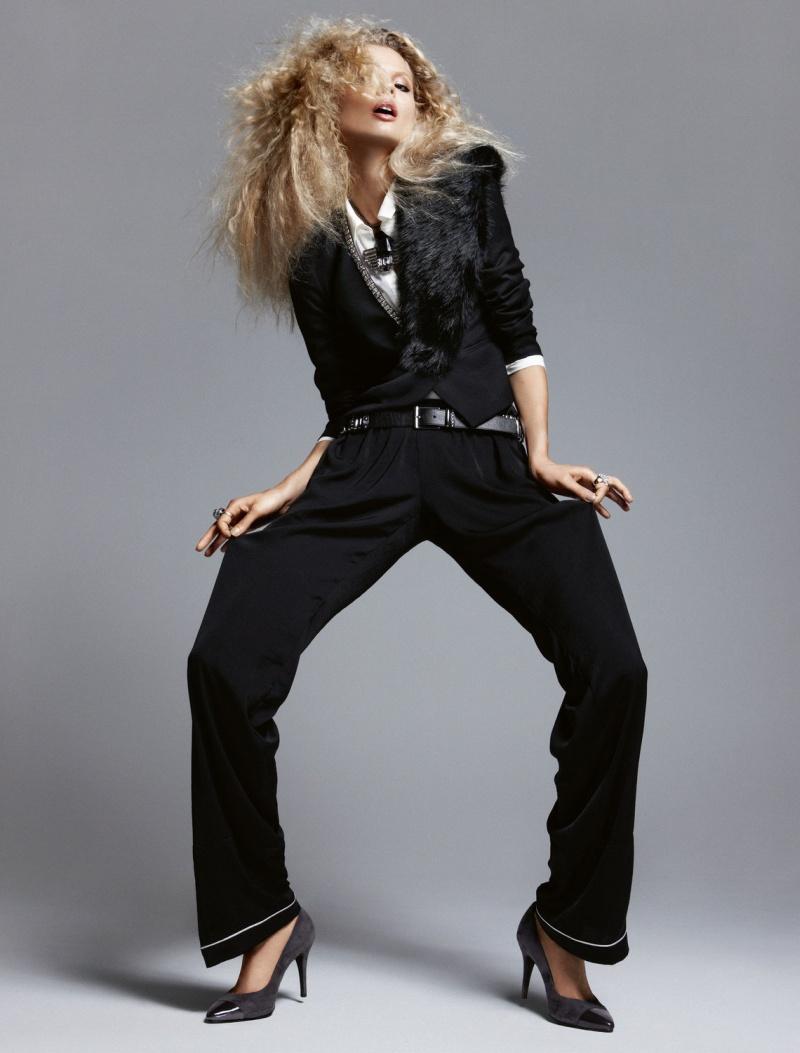 HMArkans11 Saskia de Brauw, Toni Garrn and Magdalena Frackowiak Star in H&M Magazine Winter 2012 by Camilla Akrans