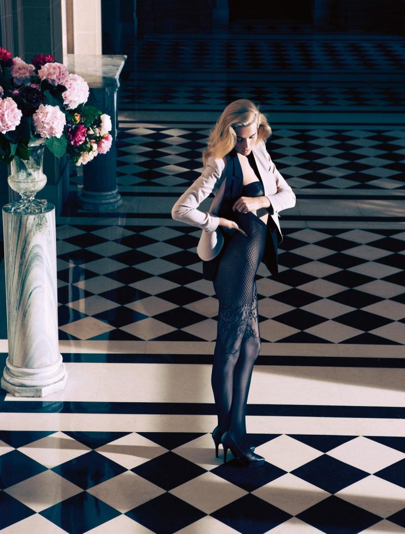 HMArkans12 Saskia de Brauw, Toni Garrn and Magdalena Frackowiak Star in H&M Magazine Winter 2012 by Camilla Akrans