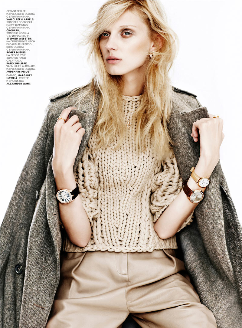 OlgaVogue1 Olga Sherer Shimmers in Vogue Russias January Issue by Emma Tempest