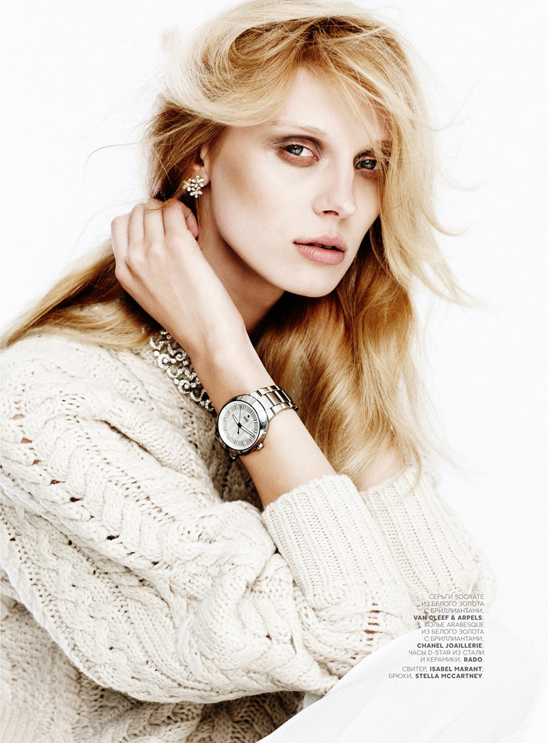 OlgaVogue3 Olga Sherer Shimmers in Vogue Russias January Issue by Emma Tempest